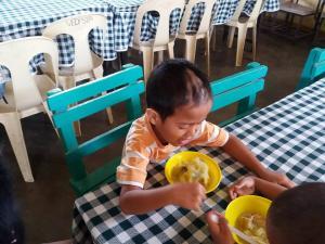 FEEDING PROGRAM @ VECS (14)
