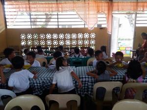 FEEDING PROGRAM @ VECS (15)
