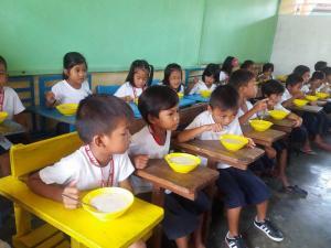 FEEDING PROGRAM @ VECS (20)