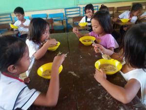 FEEDING PROGRAM @ VECS (22)