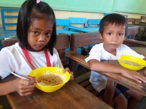 FEEDING PROGRAM @ VECS (6)