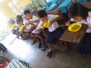 FEEDING PROGRAM @ VECS (7)