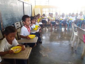 FEEDING PROGRAM @ VECS (9)